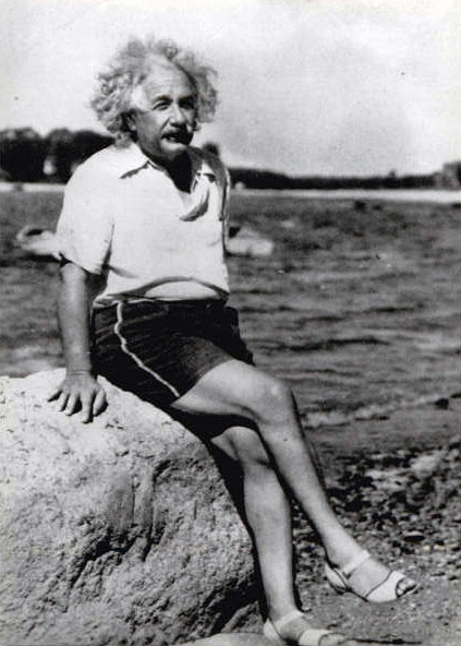 albert-einstein-at-beach-1945[2]
